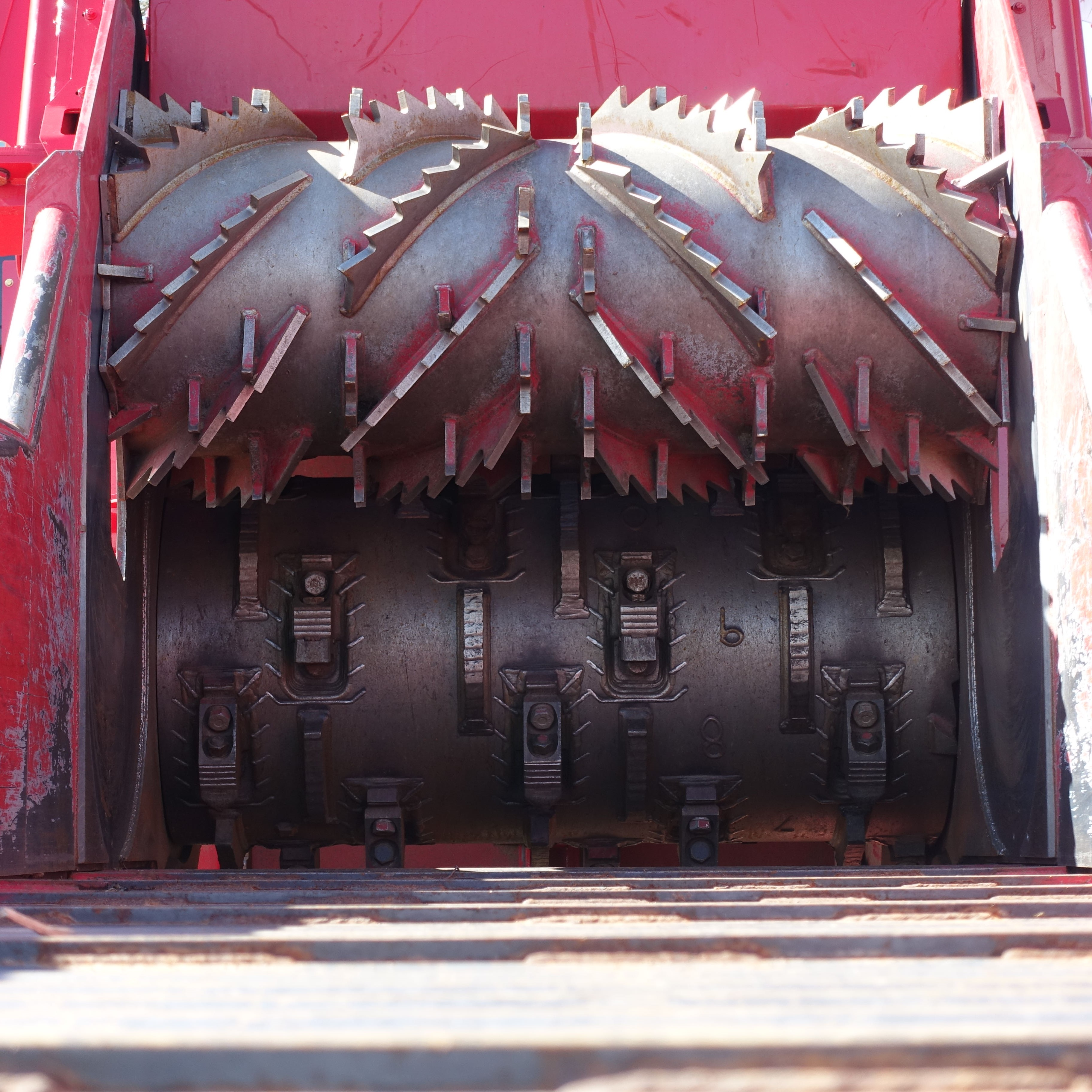 Closeup of a Rotochopper B66L horizontal grinder